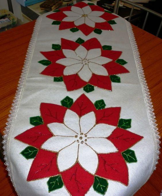 28 Ideas de centros de mesa navideños hechos con fieltro 20