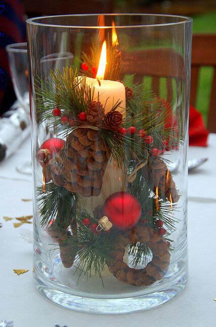 Centros de mesa navideño con piñas preciosos 31