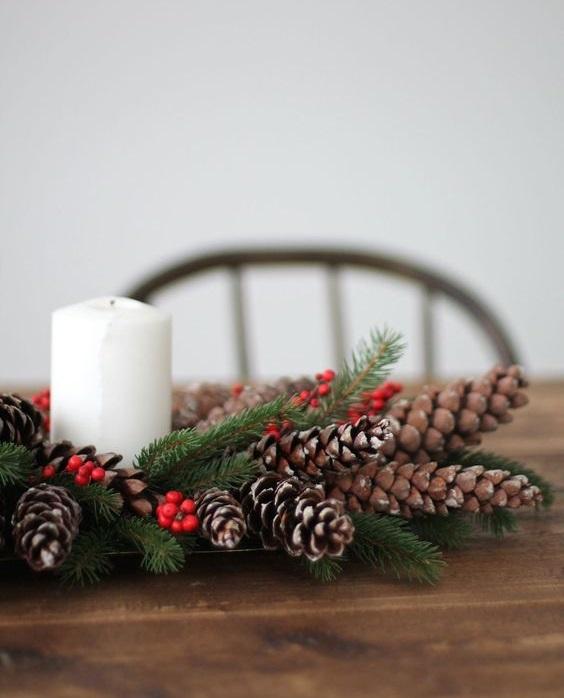 Centros de mesa navideño con piñas preciosos 4