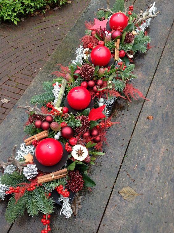 Centros de mesa navideño con piñas preciosos 24