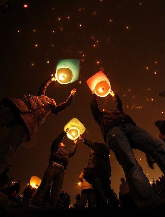 ¿Cómo hacer un globo de cantoya o globos de luz? Guía paso a paso 5