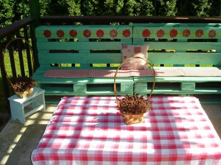 30 Diseños de muebles de palets para tu jardín 10
