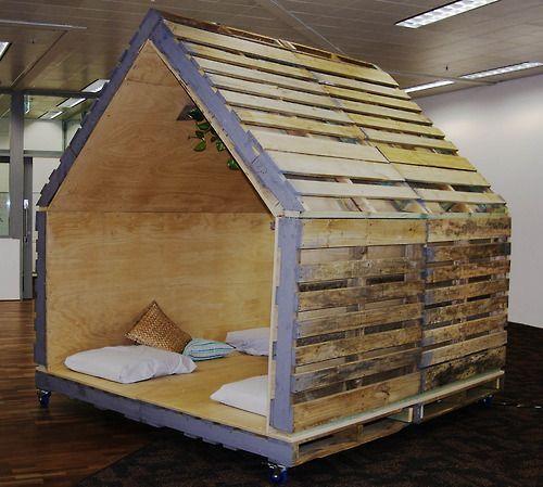 Geniales ideas para hacer Casas de Palets 20