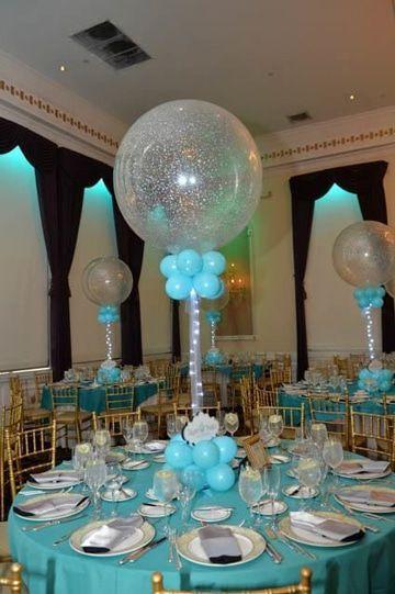 Centros de mesa con globos,  económicos y elegantes 3