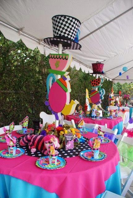 Excelentes ideas de centros de mesa con dulces 22