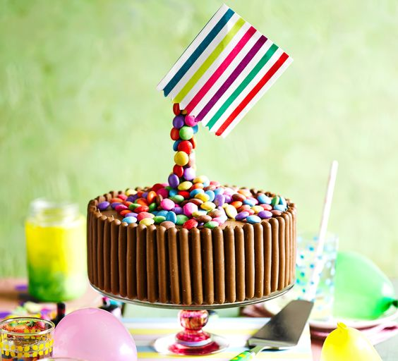 Excelentes ideas de centros de mesa con dulces 24
