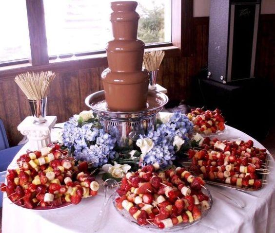 Excelentes ideas de centros de mesa con dulces 12