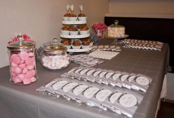 Excelentes ideas de centros de mesa con dulces 15