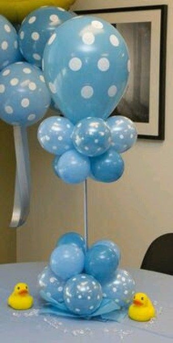 Centros de mesa con globos, económicos y elegantes 27