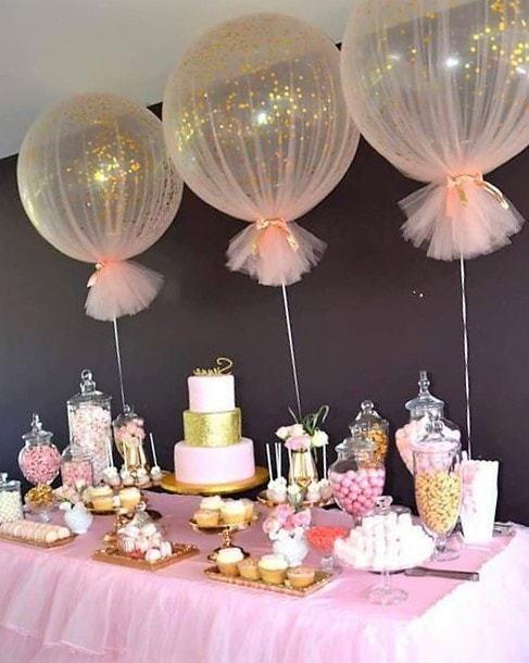 Centros de mesa con globos, económicos y elegantes 12