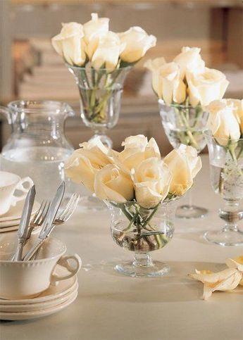 Centros de mesa con copas. Un fino detalle para tu fiesta. 9
