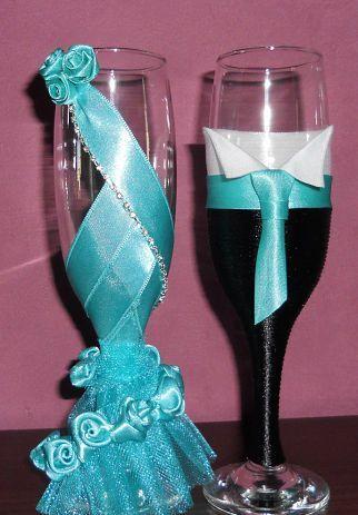 Centros de mesa con copas. Un fino detalle para tu fiesta. 15