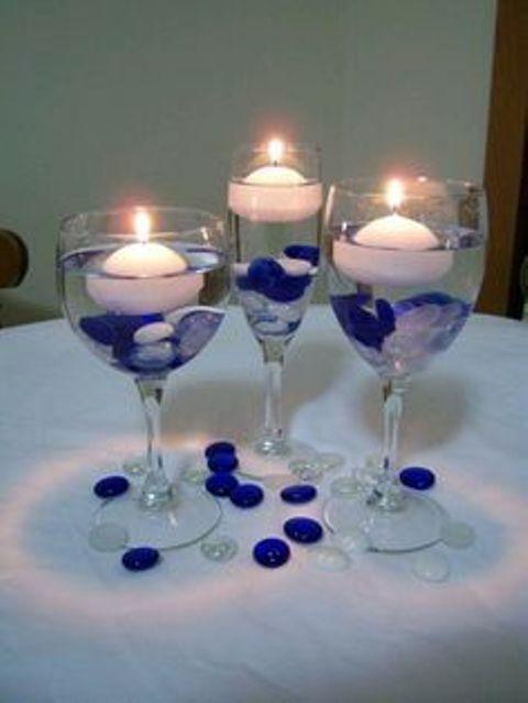 Centros de mesa con copas. Un fino detalle para tu fiesta. 7