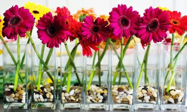 +25 Centros de Mesa con flores naturales que todos podemos hacer 6