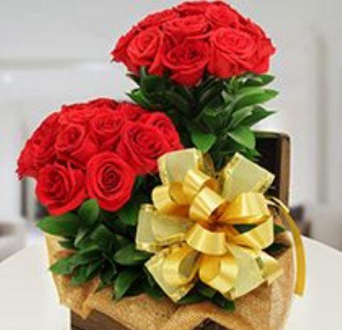 +25 Centros de Mesa con flores naturales que todos podemos hacer 10