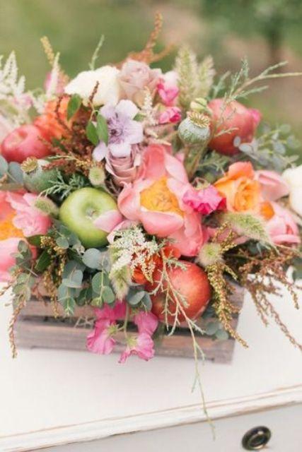+25 Centros de Mesa con flores naturales que todos podemos hacer 30